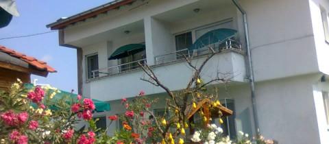 Къщата за гости Лодоз, Обзор
